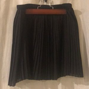 BCBGeneration mini pleated black skirt